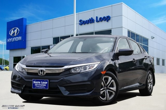 Pre Owned 2017 Honda Civic Sedan Lx Por Model