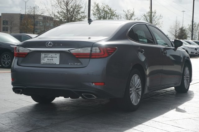Pre-Owned 2016 Lexus ES 350 Sedan