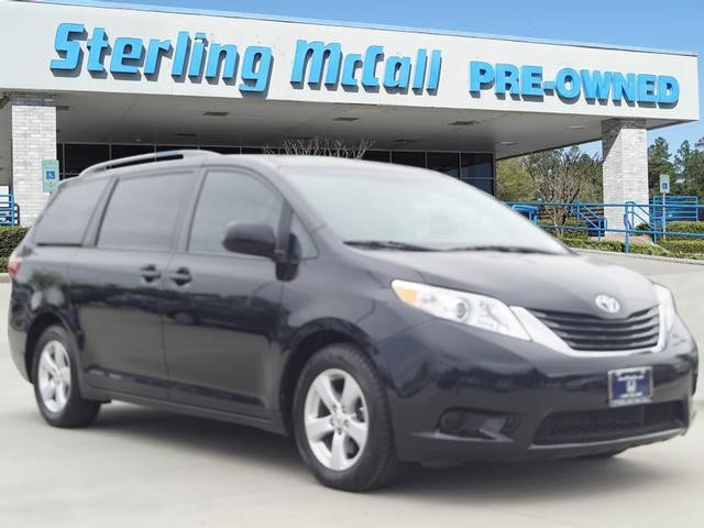Pre Owned 2017 Toyota Sienna Le Auto Access Seat