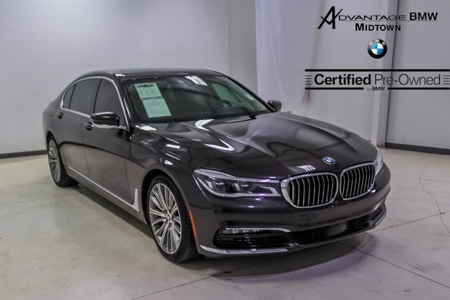 Pre-Owned 2018 BMW 7 Series 750i