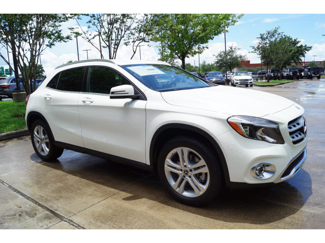 Pre owned 2018 mercedes benz gla gla 250 suv in league for Mercedes benz b3 service