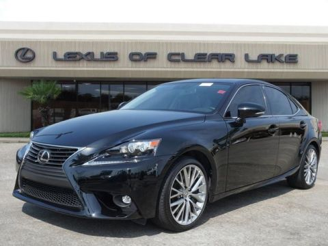 Pre-Owned 2016 Lexus IS 200t NAVIGATION